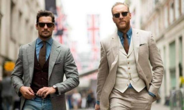 西装革履的你像极了人生赢家!但如何针对场合选领型,你需要了解