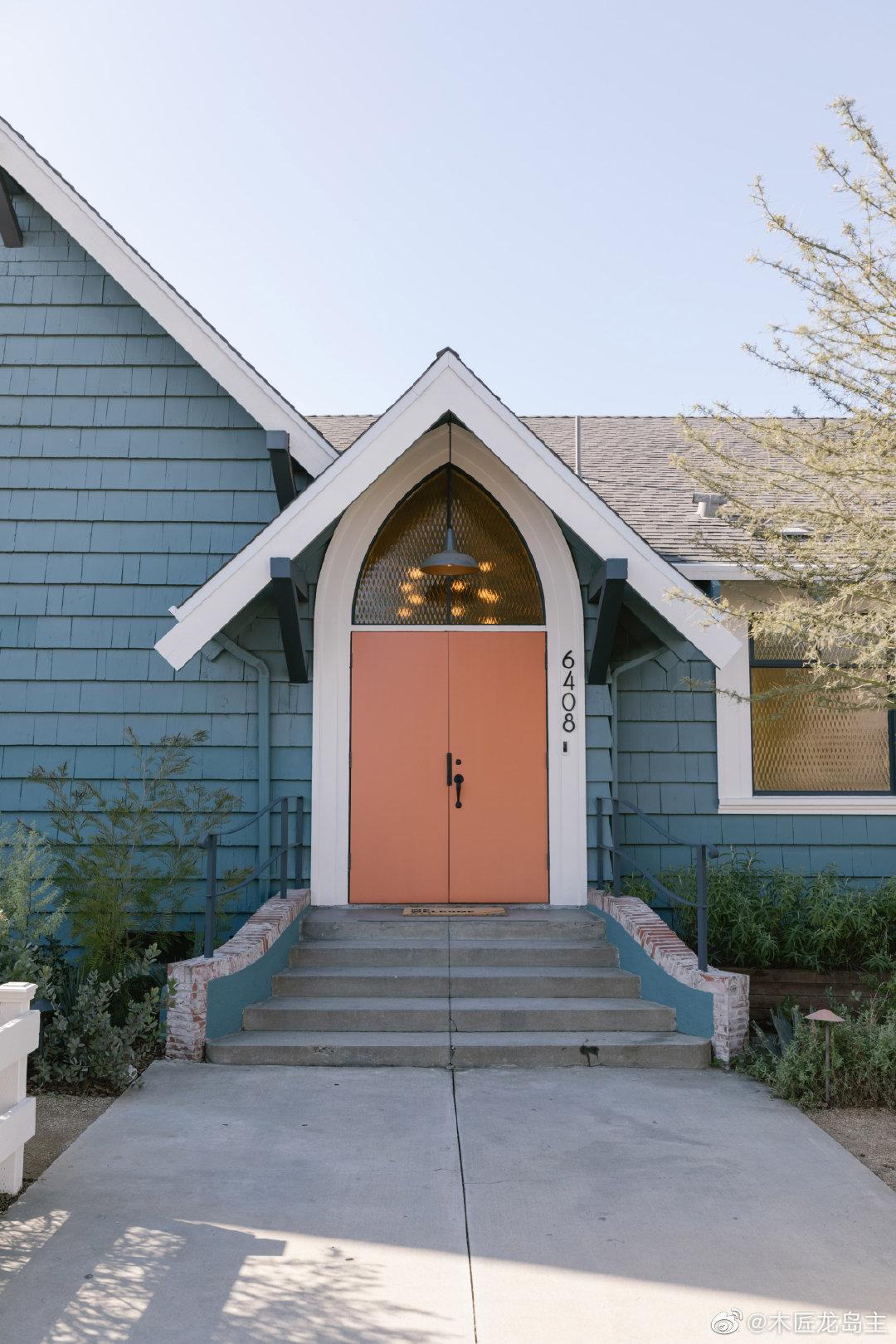 洛杉矶教堂变成了红宝石街的合作和活动空间 在洛杉矶的这个多功能空