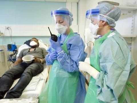 英国卫生部门警告:医院防护物资即将耗尽,已开始动用国家储备