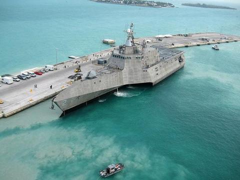 单价11亿美元成本飙升,垂发单元只有32个,美国海军放缓计划