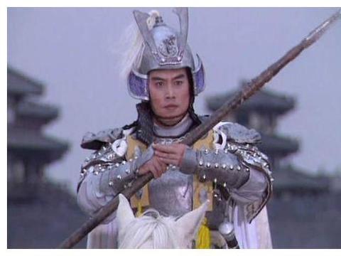 曾饰演赵子龙爆红,娶了陈佩斯的妹妹,妻子生病后不弃不离让人夸