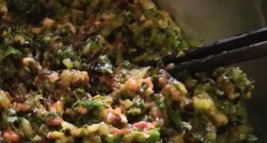 秋天包饺子,萝卜大白菜靠边站,用这食材做馅真鲜,越吃越想吃