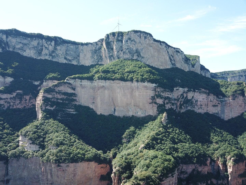 坐拥世界上最大的天然回音壁 嶂石岩可不比张家界差