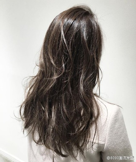 长卷发女生发型 好喜欢~