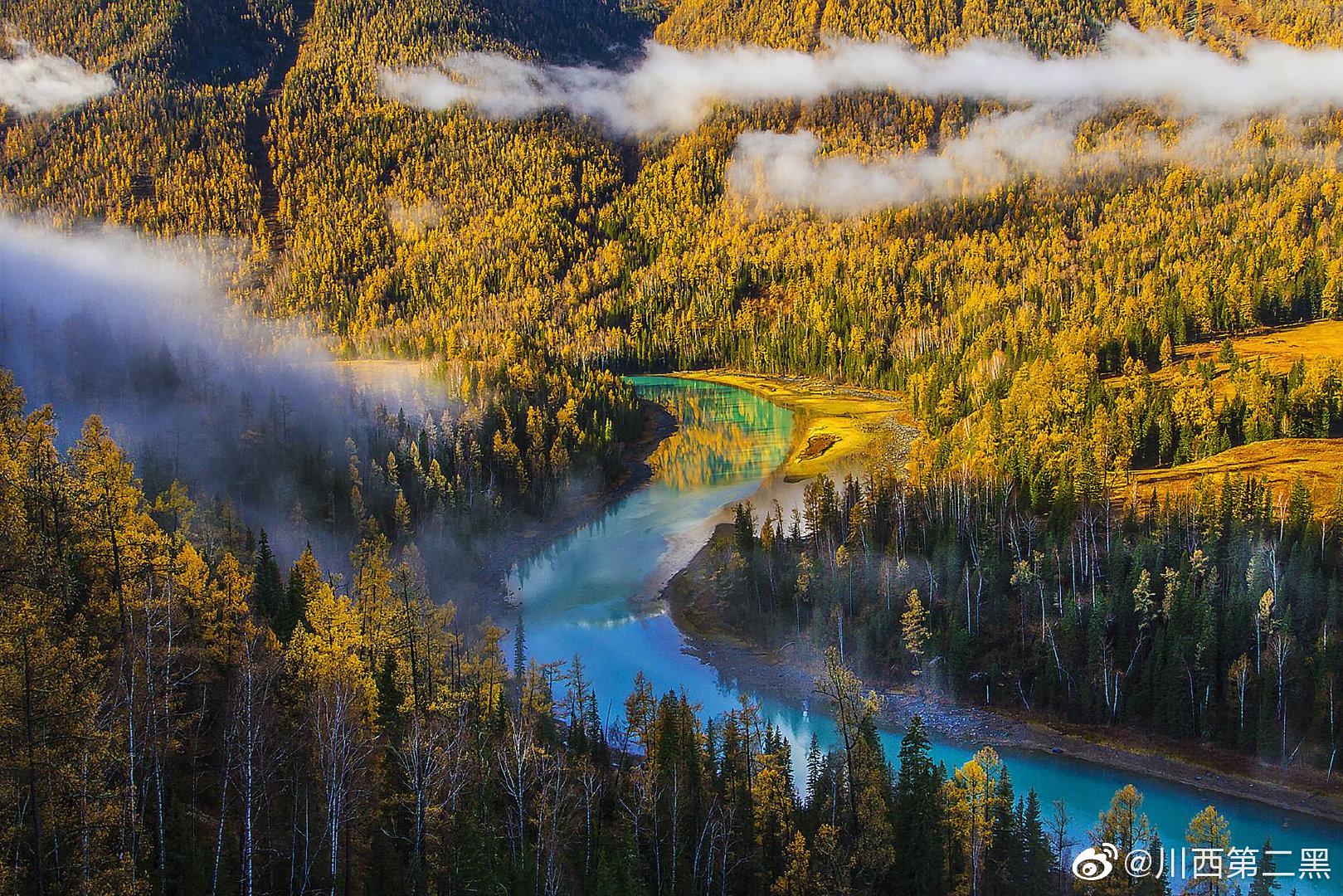 一定要去新疆的喀纳斯看一眼,不管春夏秋冬!
