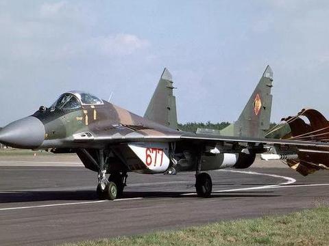 当年北约用米格29与F16超近距离战斗,F16真的完败么?