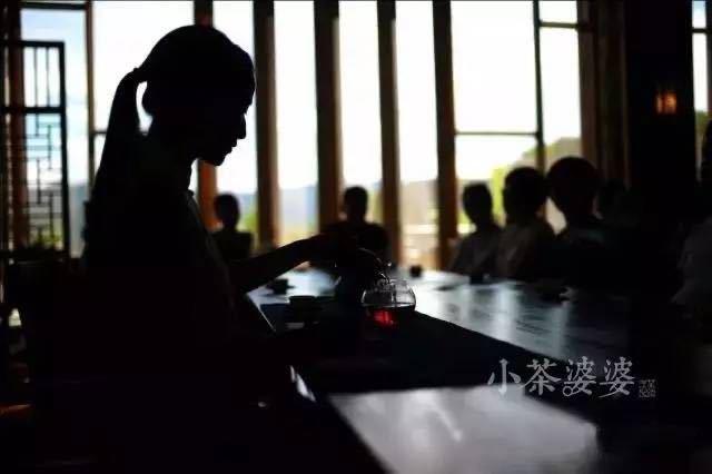 《煎茶日记》10月12日 独家揭秘 · 指月雅集的茶器及用法详解