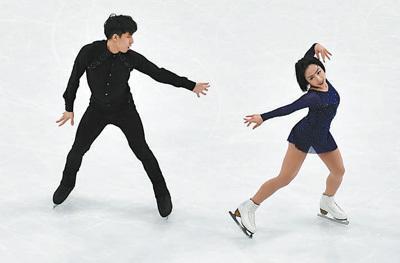 中国队收获一枚世锦赛银牌,暂获五张冬奥会门票花样滑冰 砥砺走过低谷(走向冬奥)