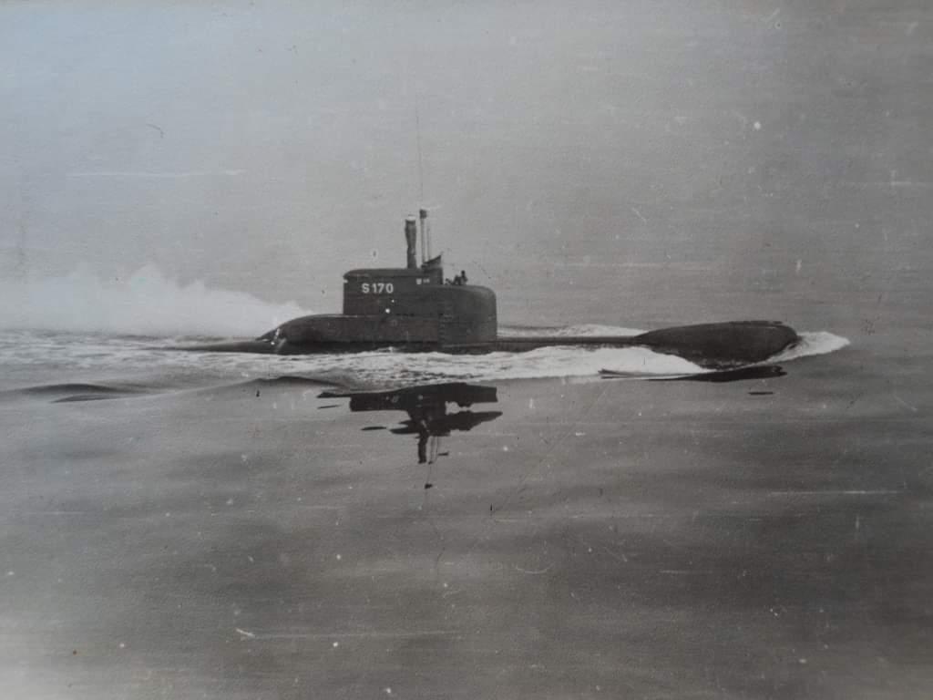 FGS U21 (S170)是德国海军陆战队206型柴电潜艇,1974年下水