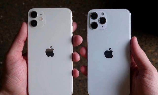iPhone 12真机尺寸超小、单手可掌控:喜欢小屏手机有福了