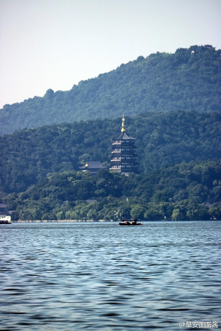 杭州是千百年来才子佳人梦中的江南名城