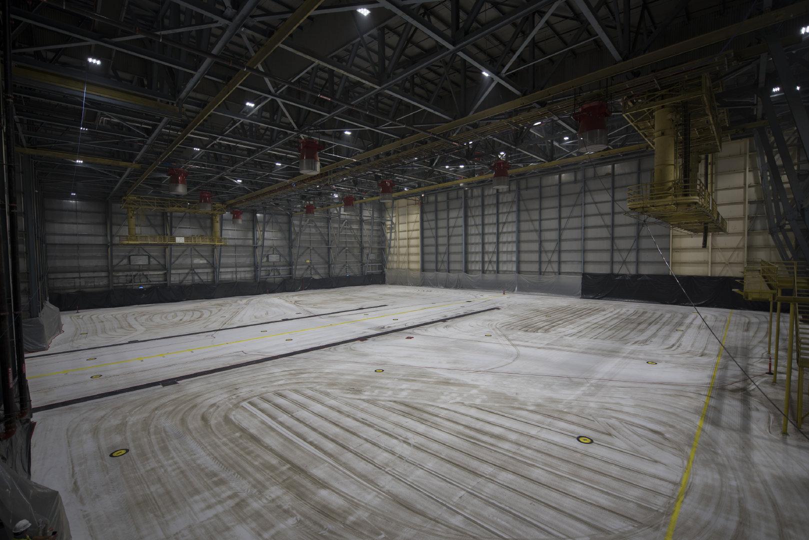 机库811在2020年9月11日在加利福尼亚州特拉维斯空军基地进行的高膨胀