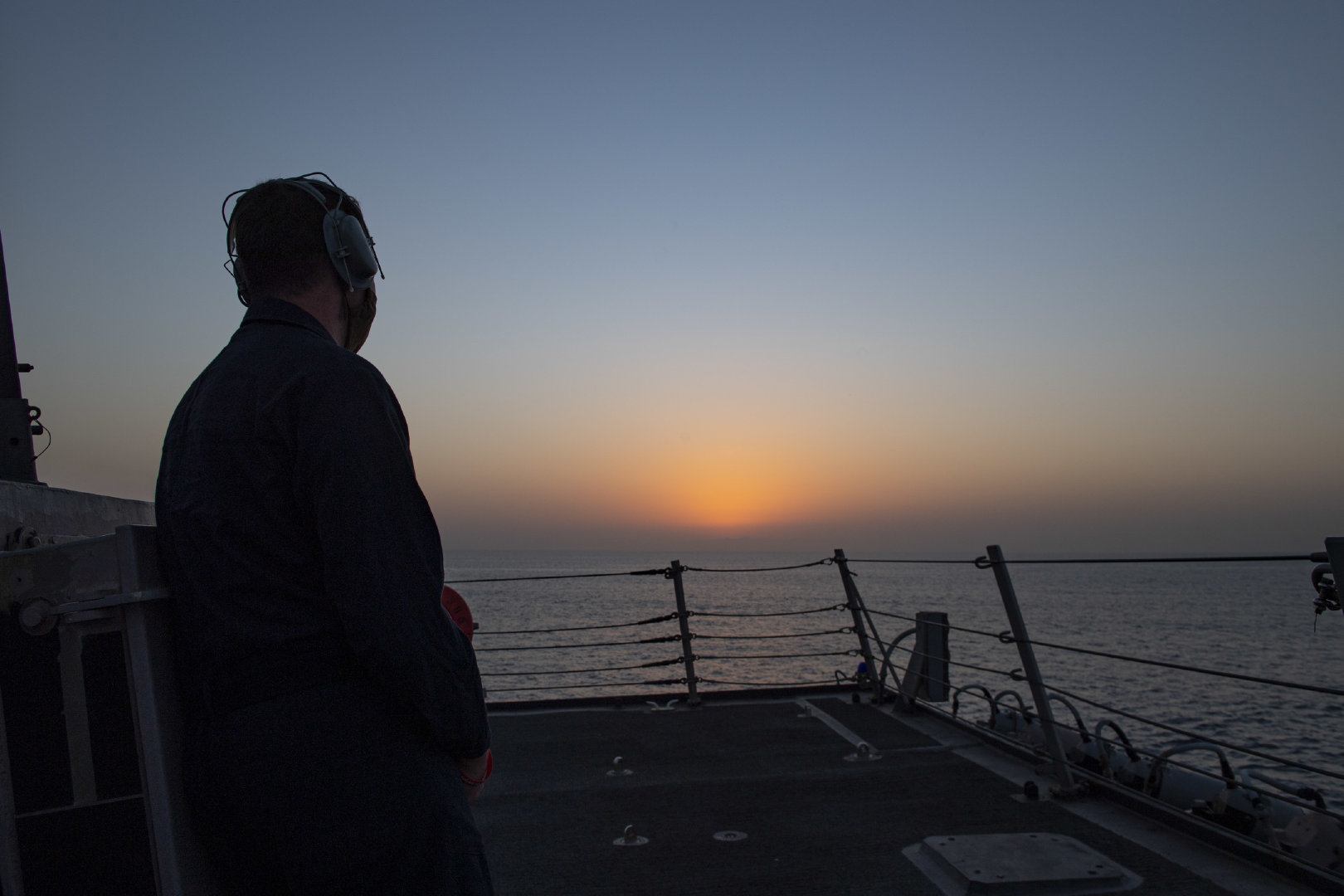阿曼湾(2020年9月2日)阿利·伯克(Arleigh Burke)级导弹驱逐舰斯特