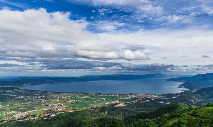 抚仙湖,万顷琉璃万顷蓝,一湖纯净深蓝,一直流淌心间;来过