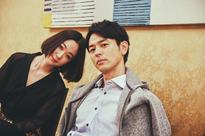 中野量太导演新片《浅田家》的片场花絮照,由二宫和也掌镜拍摄