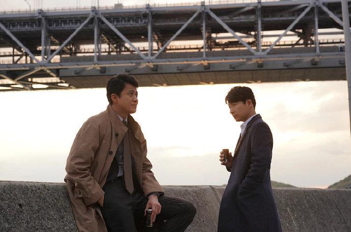 由小栗旬、星野源共演的电影《罪之声》发布16张新剧照