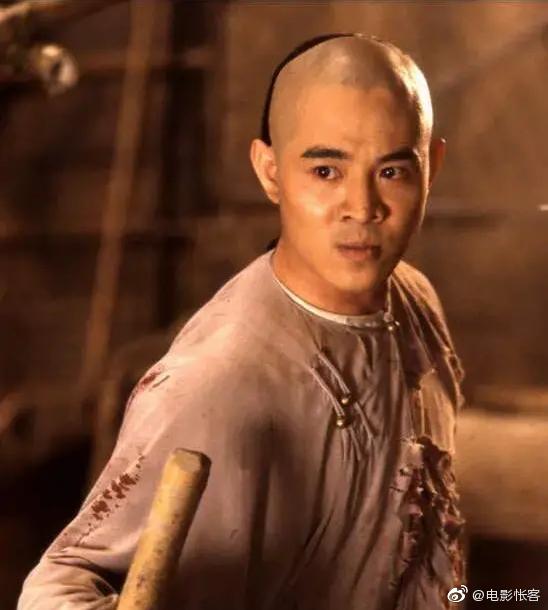 2007年陈可辛导演大着胆子敲开了李连杰的房门