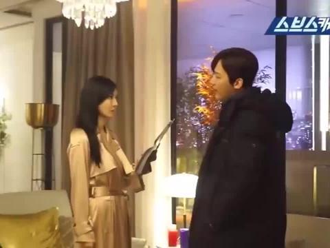 《顶楼2》金素妍老公与妻子剧中的两位男友同框,实在太逗了!