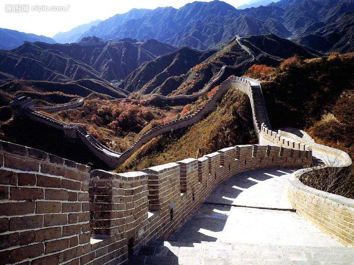 关山月,塞外情。长城,是筑在中国人骨子里的基石。