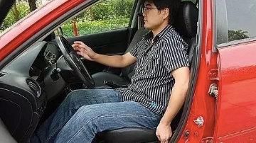 开车坐姿多高为好 正确的驾驶坐姿
