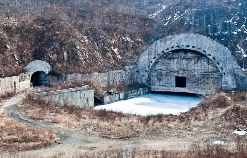 巴甫洛夫斯基湾,一个废弃而未完工的核潜艇基地