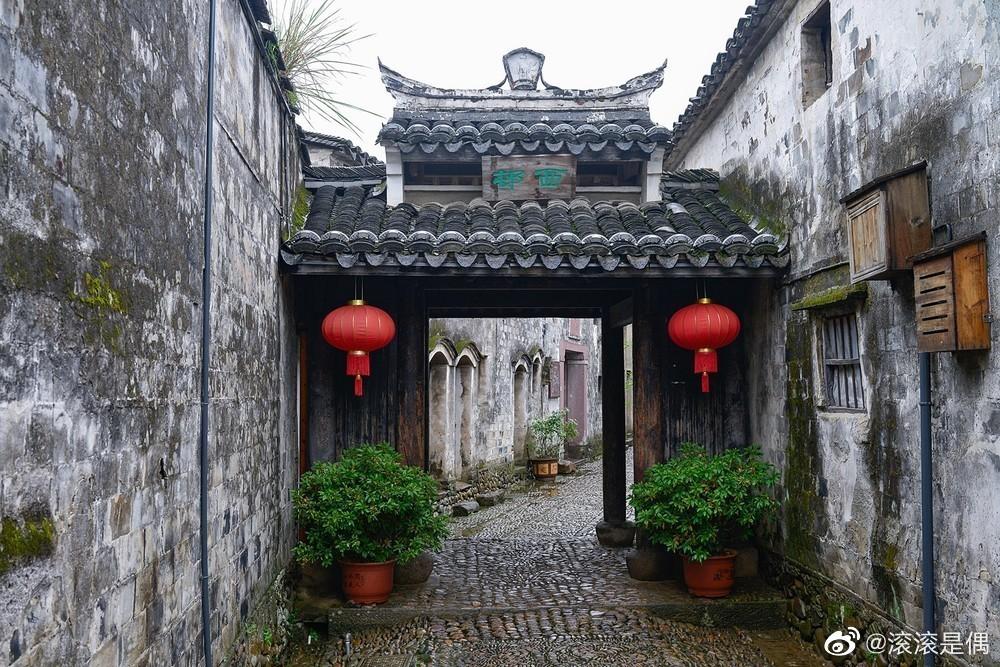 前童古镇位于宁波市宁海县城西南14千米处