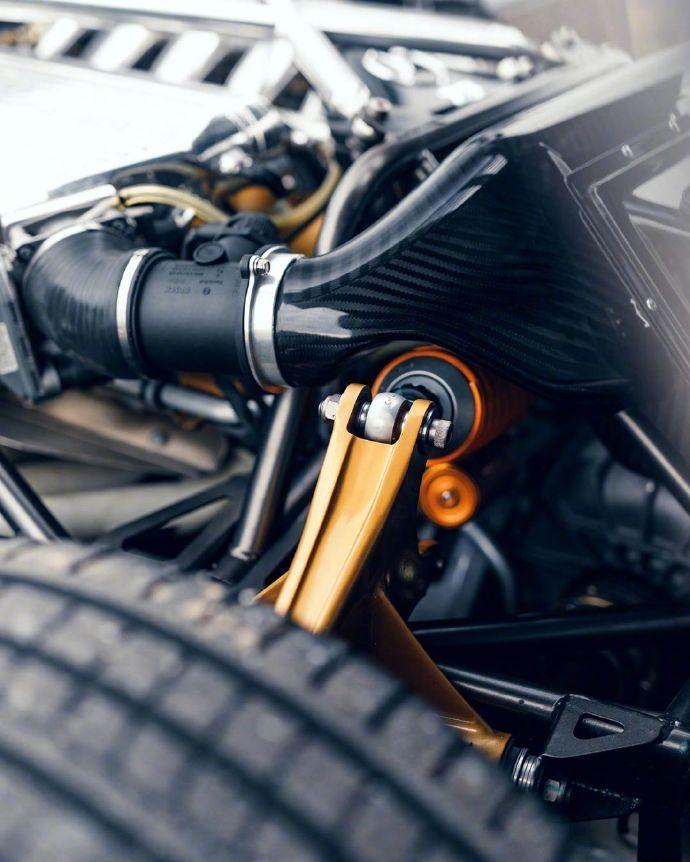 帕加尼Zonda F Clubsport Roadster 风之子设计之美