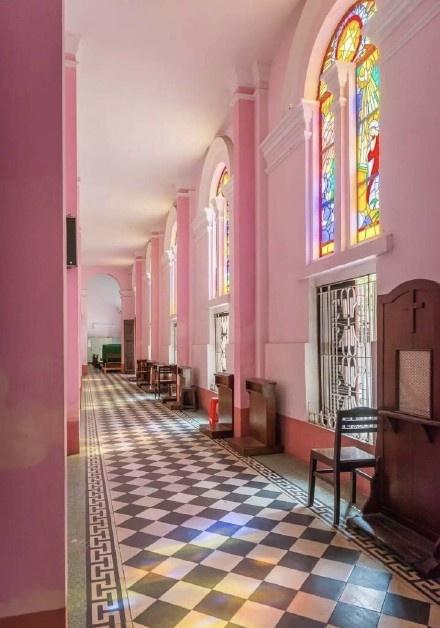 越南胡志明市的粉色教堂——耶稣圣心堂