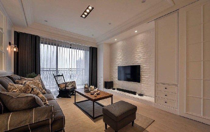 215㎡美式三居室,以浅色为空间主调