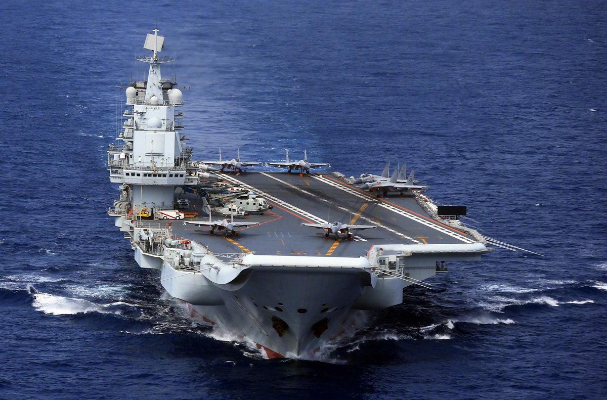 一组辽宁舰和山东舰图片送粉丝!期待中国双航母同框!