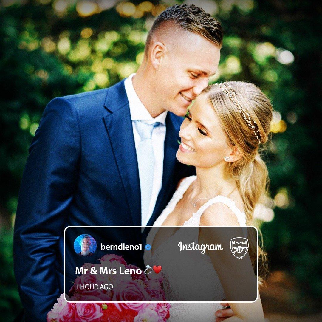 大伙儿早上好啊!莱诺和索菲亚终于结婚啦,恭喜!