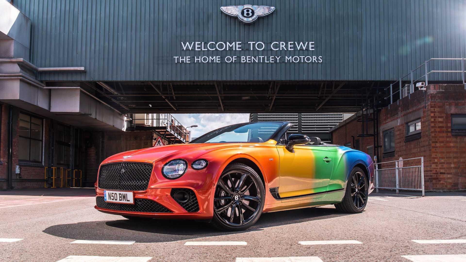 宾利官方推出欧陆GT敞篷特别彩虹版,够靓够骚!