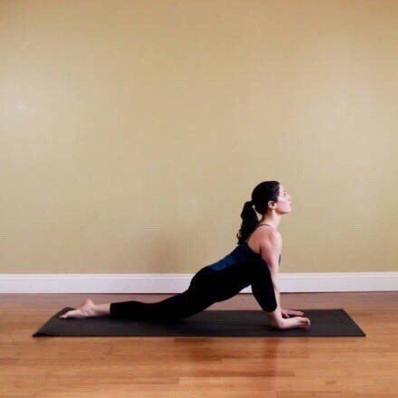 9个瑜伽动作瘦小腿