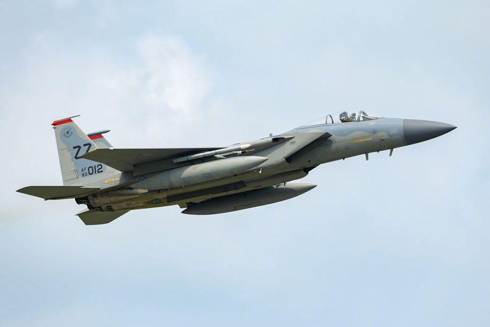 嘉手纳18联队恢复飞行训练