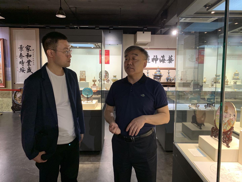 《中国名牌》直播走进北京市珐琅厂