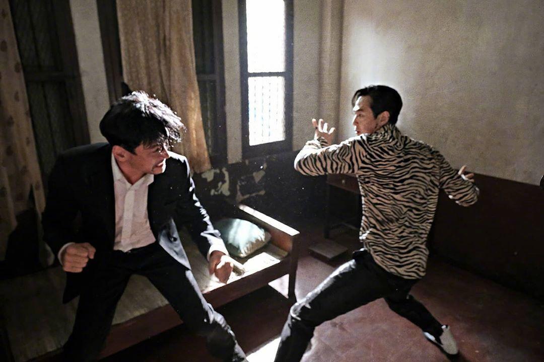 由黄政民、李政宰、朴正民等主演的新片《从邪恶中拯救我》发布新剧照