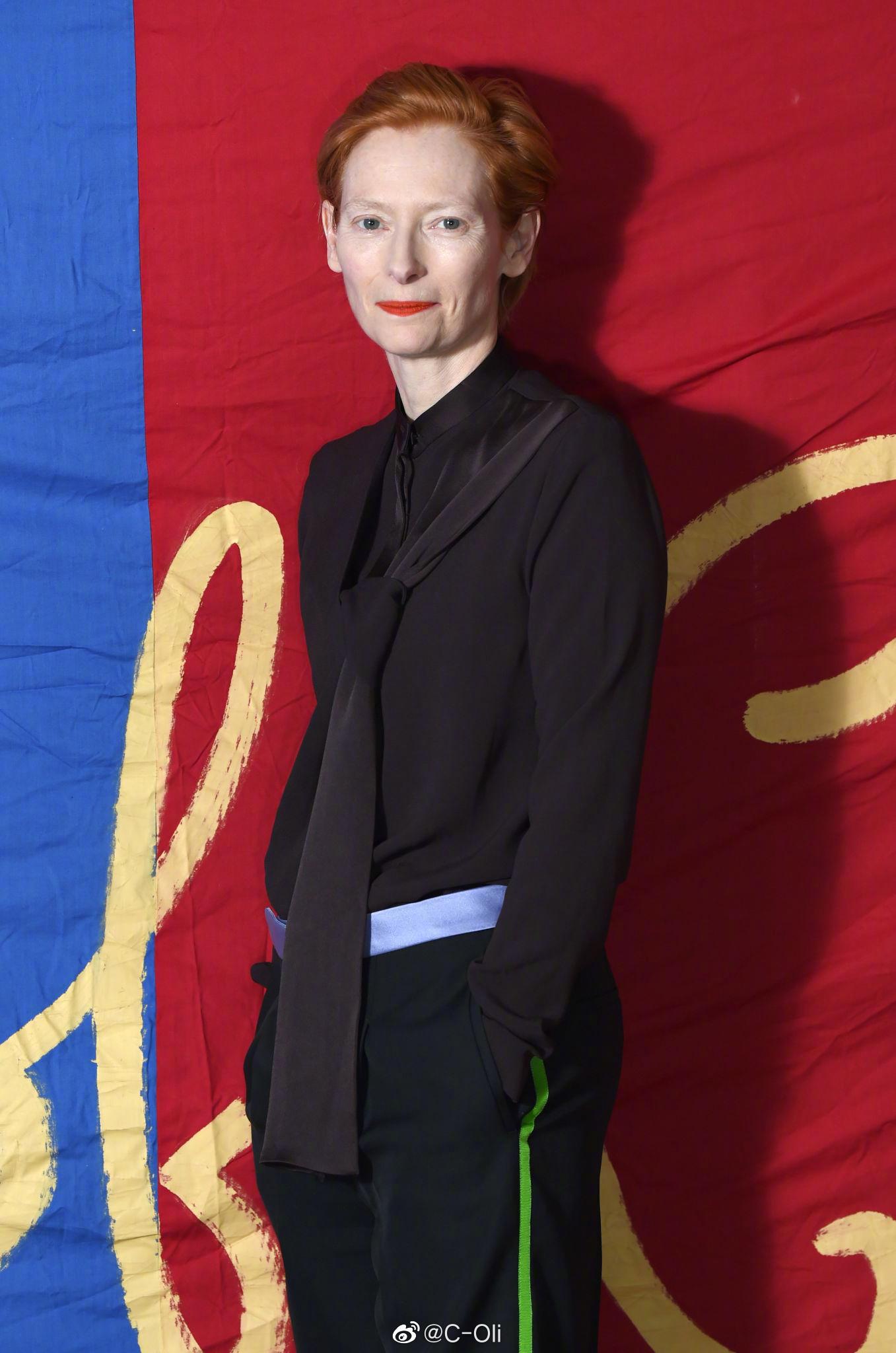 女王Tilda Swinton在伦敦出席电影《The Garden》特别放映活动