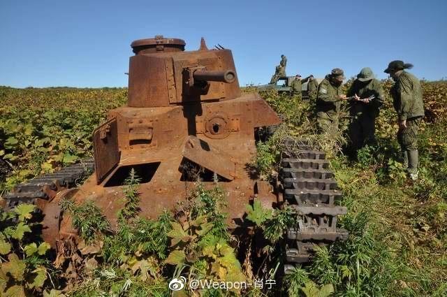 占守岛上的日本坦克残骸。占守岛,俄语音译舒姆舒岛