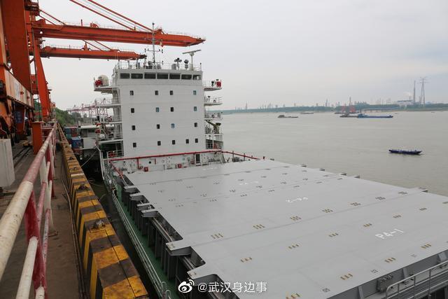 武汉新港海关严防控优服务,助力国际江海直航航线正式复航