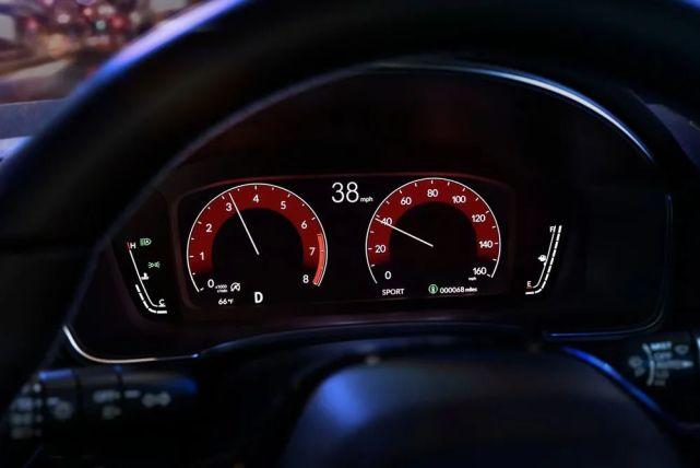神车迎来了全新一代,不仅车机系统更新,同时也变为双车战略