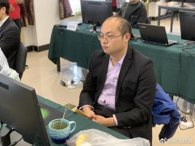韩棋迷:赢唐韦星令人自豪 李昌镐到底还是输了