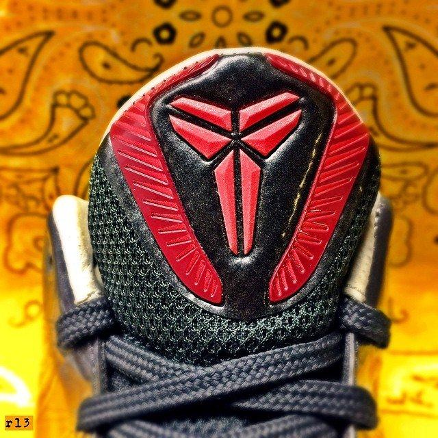 科比球鞋鞋舌赏析