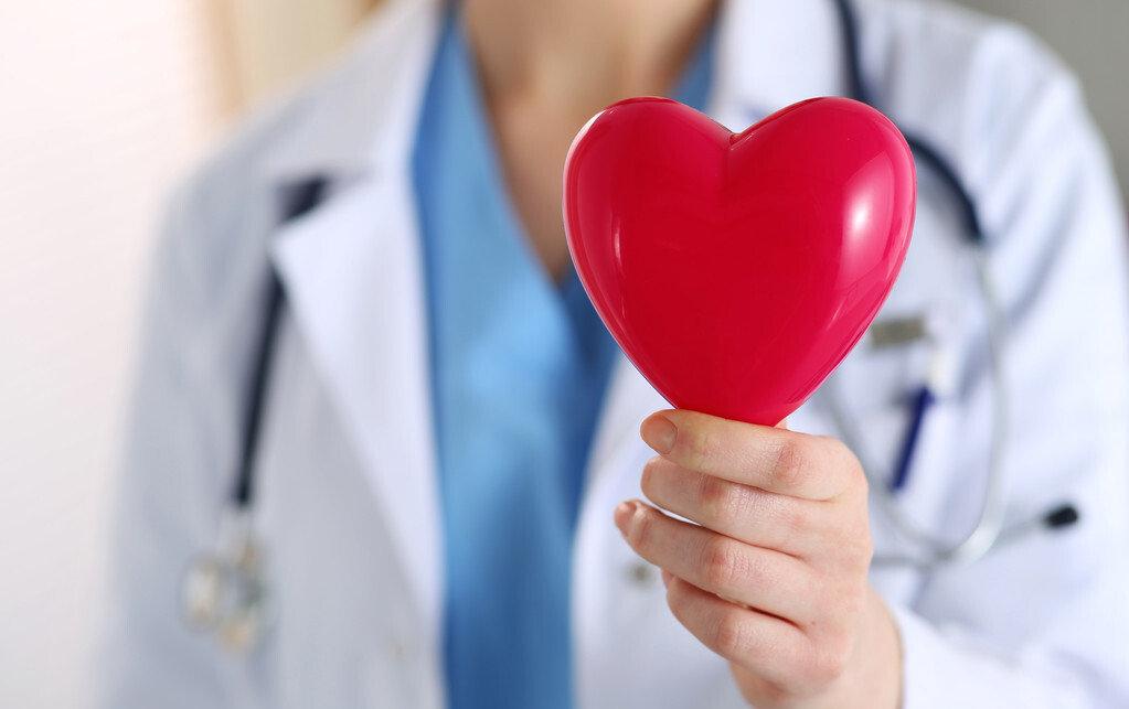 三种病常致年轻人心悸,病毒性心肌炎最重,可能导致心力衰竭休克