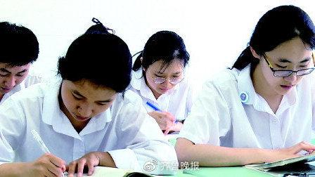 """仨班全保送,学霸咋炼成?济南外国语学校160人提前""""名校有约"""""""
