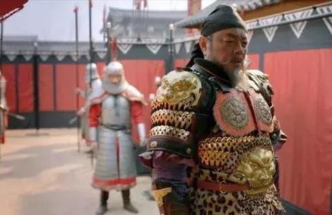 河南春晚国潮国风破圈:除了汉服小姐姐,还有甲胄大将军