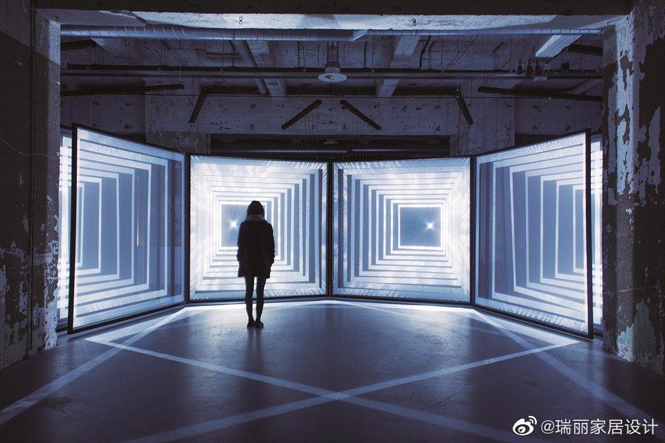感受沉浸式交互装置艺术的魅力沉浸式交互装置是以视听为主的场景体