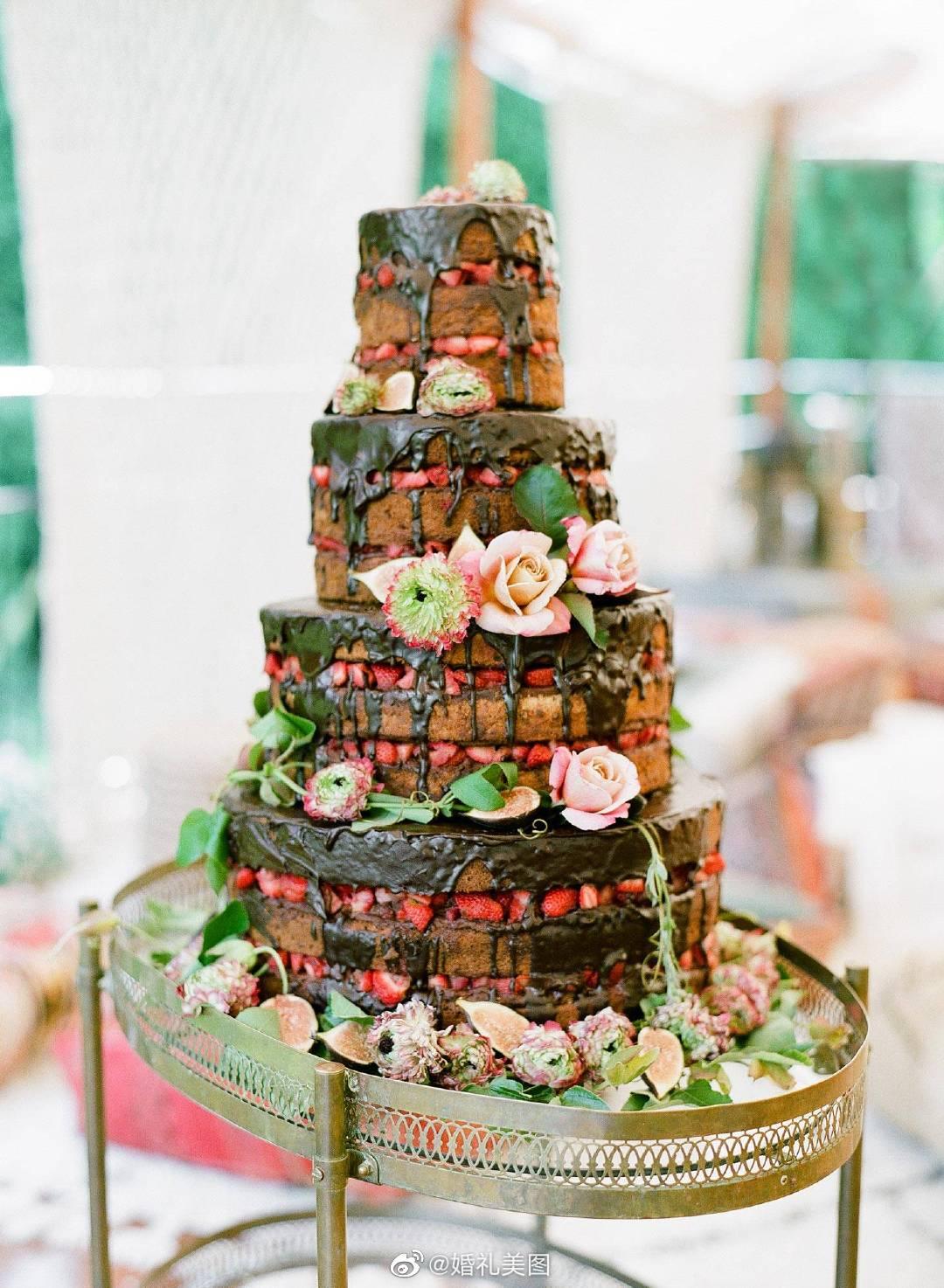 巧克力婚礼蛋糕