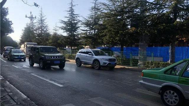 1月10日起,南口路路口至市一中环岛南侧路段将实施全封闭交通管制!