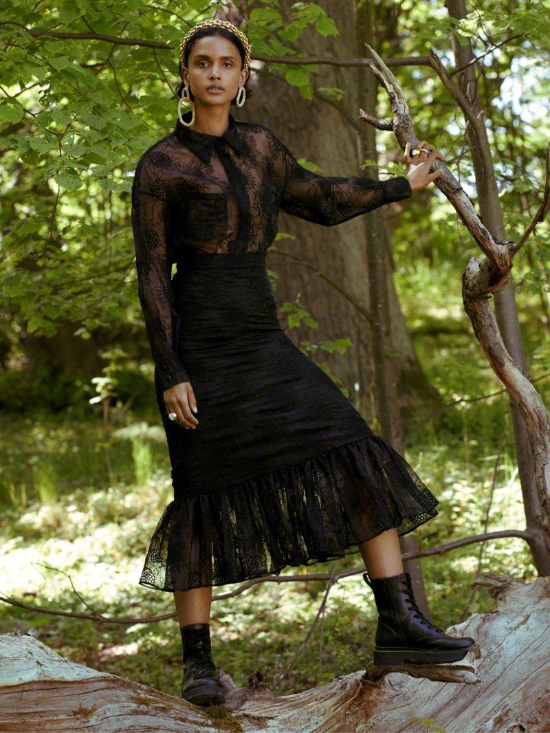 """H&M 与黎巴嫩设计师 Sandra Mansour 的最新合作系列 """"Sunflower"""""""