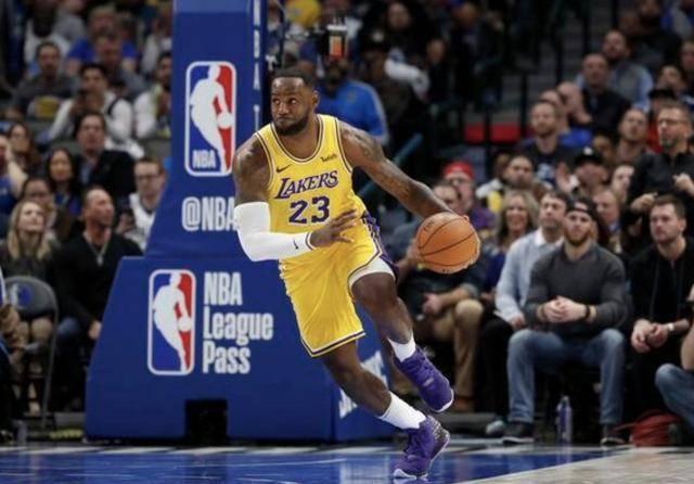 詹姆斯:最初进入NBA只有三个好朋友